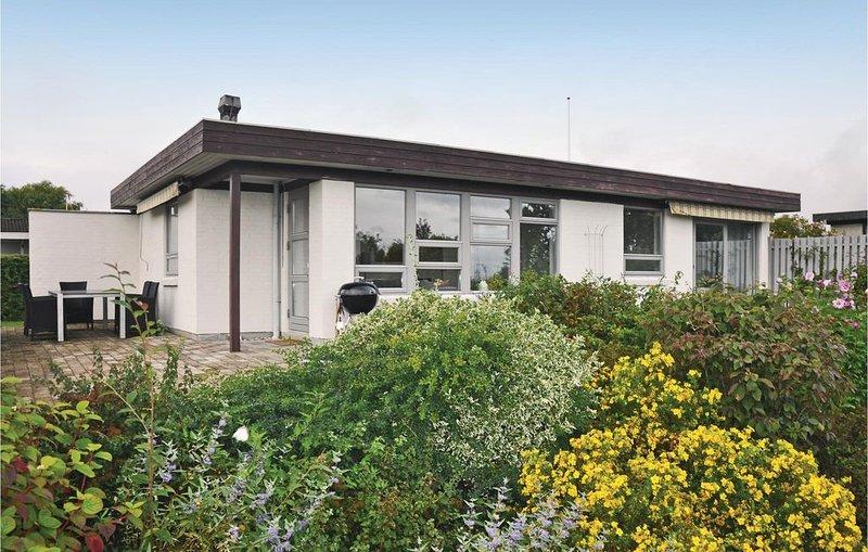 3 Zimmer Unterkunft in Nyborg, vacation rental in Vejstrup