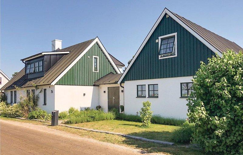 2 Zimmer Unterkunft in Höllviken, holiday rental in Malmö
