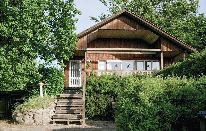 2 Zimmer Unterkunft in Børkop, vacation rental in Skive