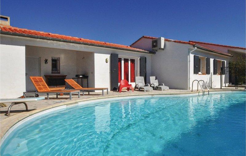 3 Zimmer Unterkunft in Vinca, vacation rental in Vinca
