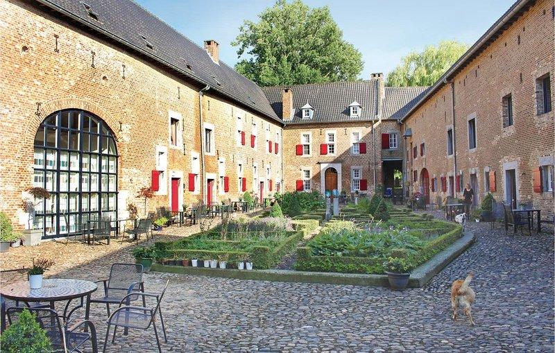2 Zimmer Unterkunft in Mesch-Eijsden, casa vacanza a Gronsveld