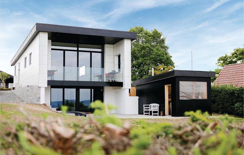 3 Zimmer Unterkunft in Børkop, vacation rental in Skive