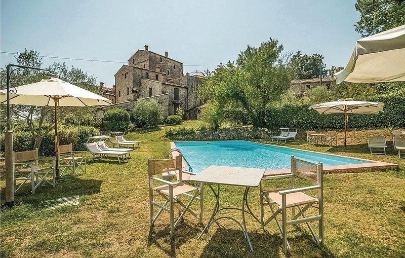 1 bedroom accommodation in Todi -PG-, Ferienwohnung in Romazzano