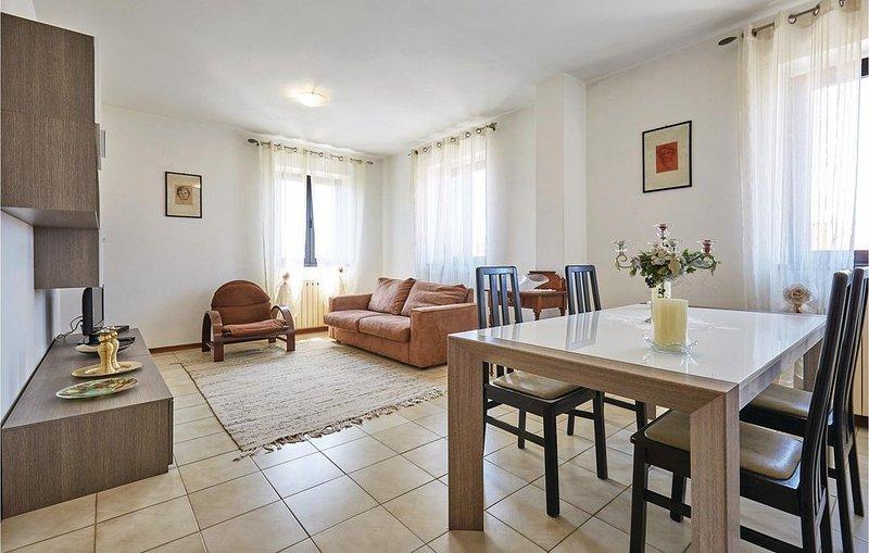 2 Zimmer Unterkunft in Torre del Lago Puccini, holiday rental in Torre del Lago Puccini