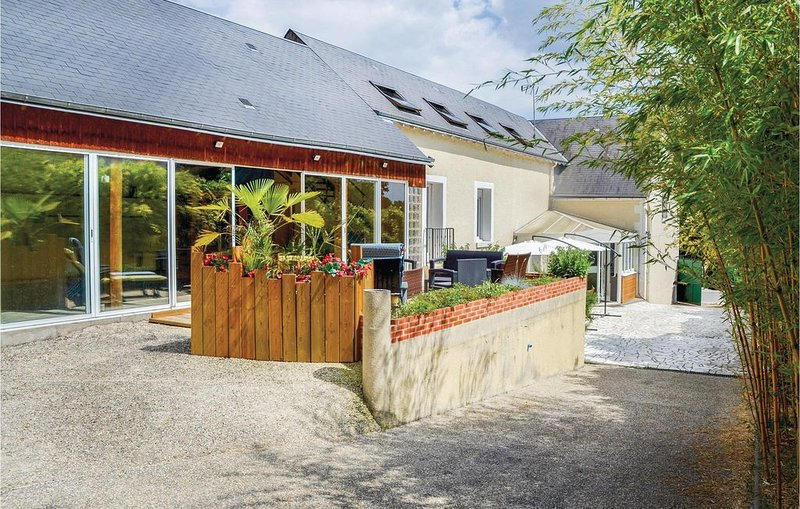 4 Zimmer Unterkunft in Nazelles Négron, location de vacances à Pocé-sur-Cisse