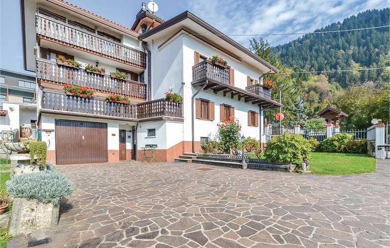 2 Zimmer Unterkunft in Arta Terme  (UD), location de vacances à Sutrio