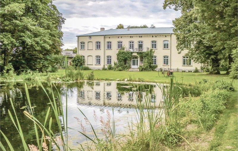 8 Zimmer Unterkunft in Eichhorst, location de vacances à Friedland