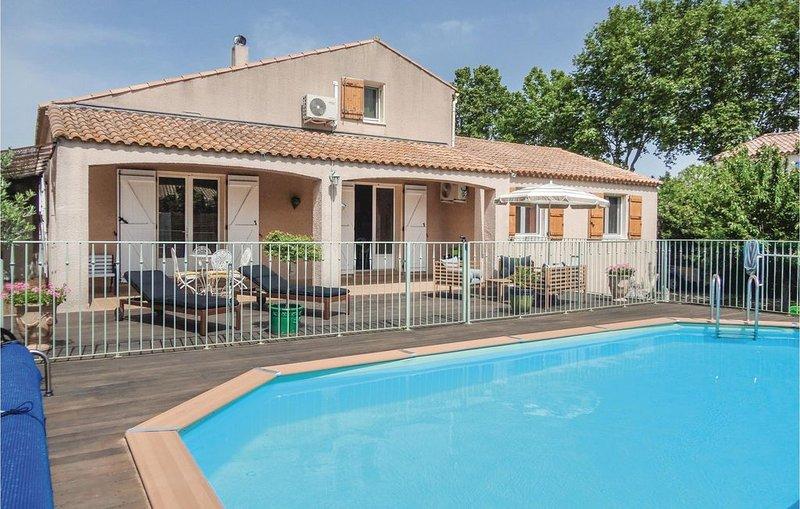 4 Zimmer Unterkunft in Montblanc, aluguéis de temporada em Nezignan-l'Eveque