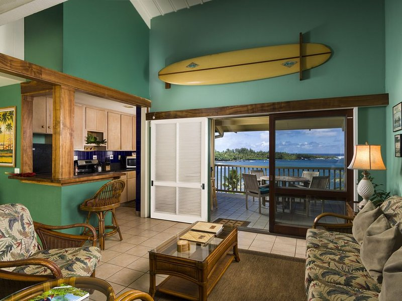 Hana Kai Maui - Oceanview 'honokalani' (unit #201) Upper Corner -Panoramic View!, holiday rental in Hana