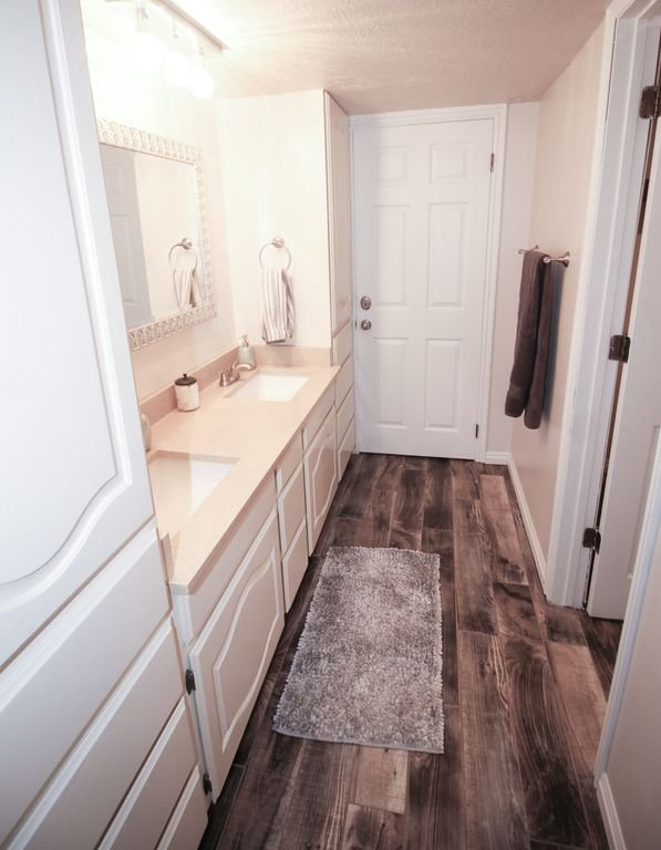 This is our BRAND NEW bathroom! It's wonderful!