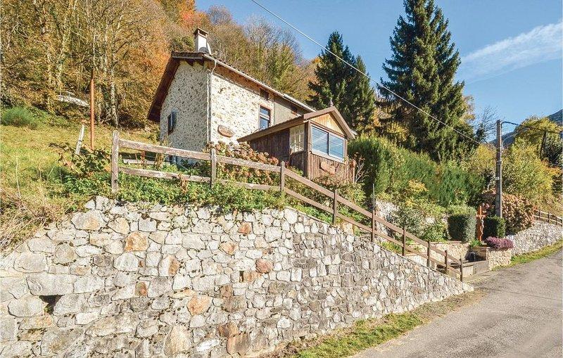 2 Zimmer Unterkunft in Razecueillé, holiday rental in Estancarbon