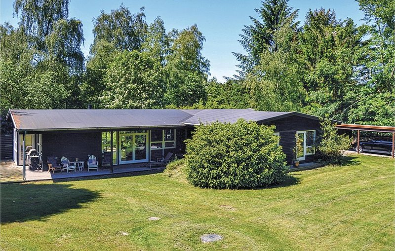 4 Zimmer Unterkunft in Rørvig, vacation rental in West Zealand