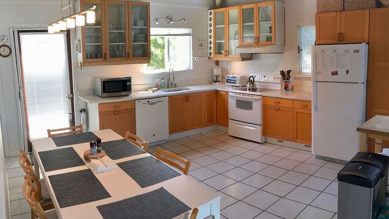 Fair Harbor- Close to ocean  ★★★★★, holiday rental in Fire Island