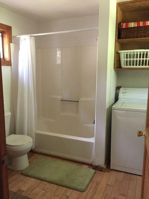 Casa de banho completa para bedroom1