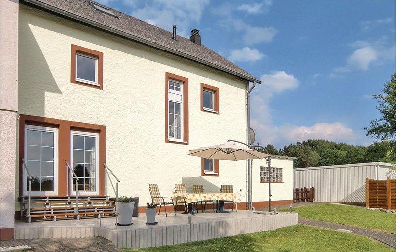 4 Zimmer Unterkunft in Birgel, holiday rental in Hillesheim