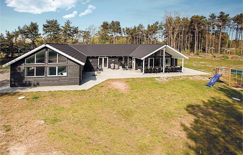 8 Zimmer Unterkunft in Nexø, location de vacances à Pedersker