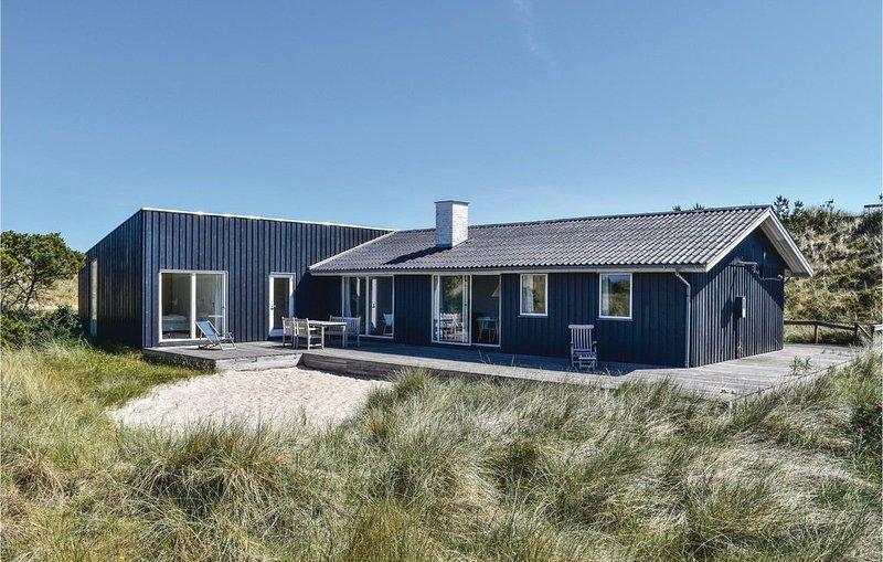 4 Zimmer Unterkunft in Hvide Sande, holiday rental in West Jutland