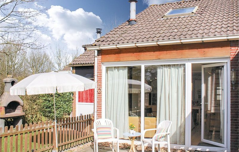3 Zimmer Unterkunft in Bruinisse, vacation rental in Herkingen