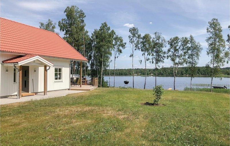 4 Zimmer Unterkunft in Skillingaryd, alquiler de vacaciones en Komstad
