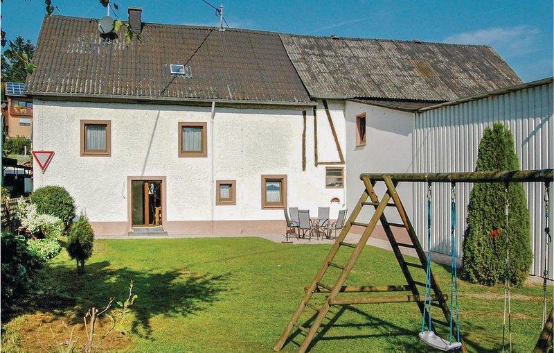 3 Zimmer Unterkunft in Udler, holiday rental in Oberscheidweiler