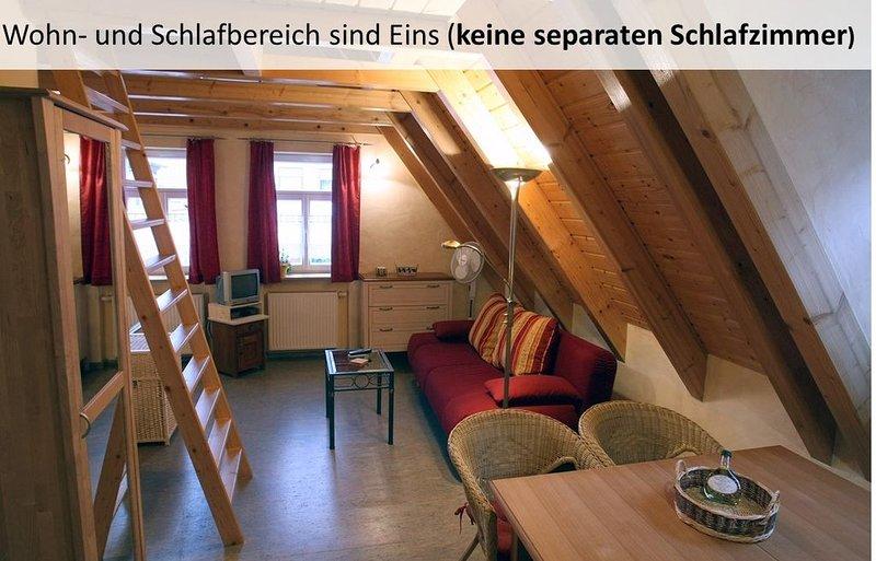 Gemütliche FeWo im Dachgeschoss für bis zu 6 Personen, Ferienwohnung in Kitzingen