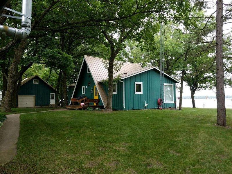 Classic Lake Cabin! Beautiful Setting On Marion Lake, location de vacances à Ottertail