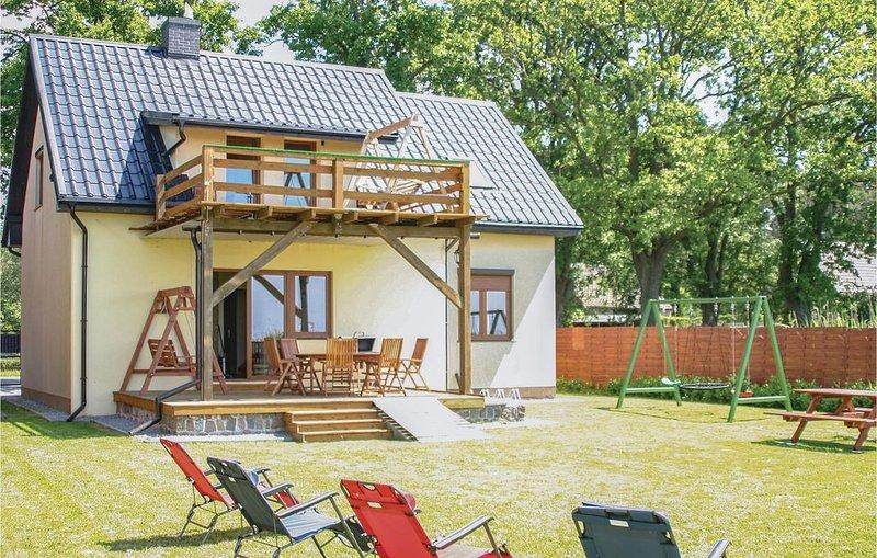 4 Zimmer Unterkunft in Nowe Warpno, location de vacances à Nowe Warpno