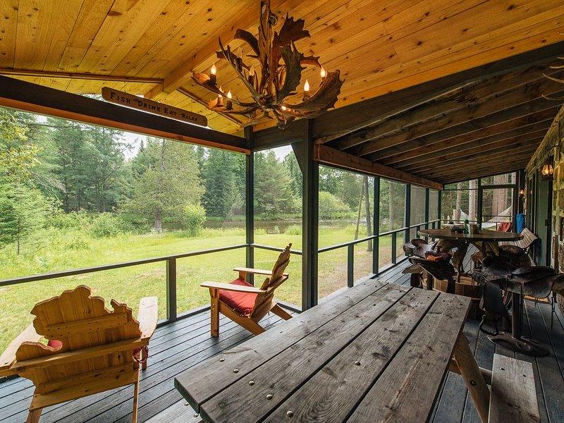 Tom's Cabin Summary:, vacation rental in Mio
