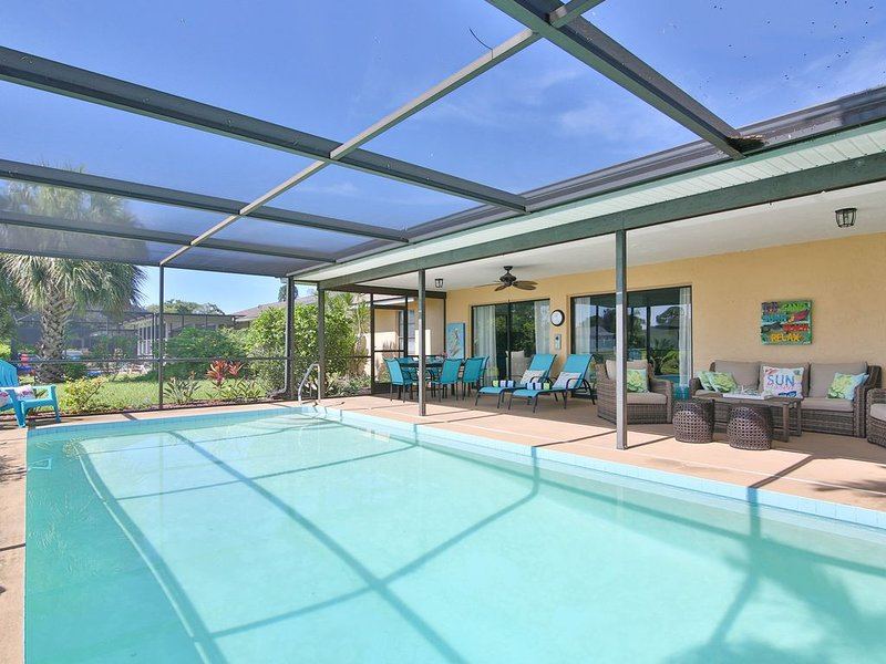Endless Summer! New Vacation Rental w Private Pool & Just 10 Min to AMI Beac, holiday rental in Bradenton