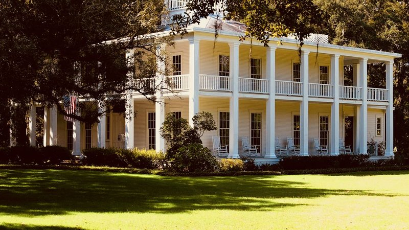 The old Eden Gardens mansion is a must see for history buffs