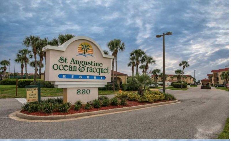Best Deal on Beach-$725/595wk+Tx Clup Ocean Racquet Resort, vacation rental in Saint Augustine Beach