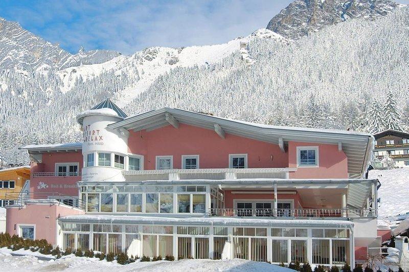 Appartementhaus Apart Resort Relax, Längenfeld, holiday rental in Oberlangenfeld