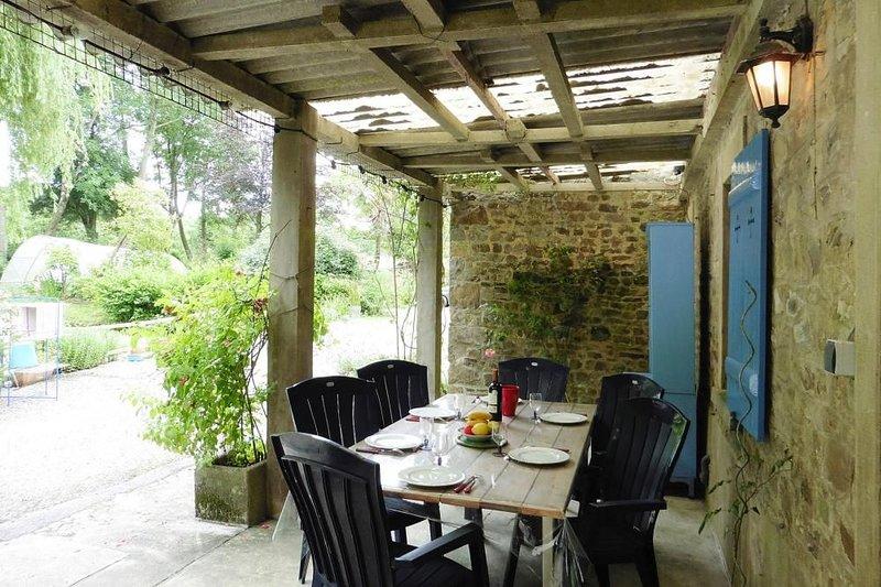Doppelhaushälfte, St. Sauveur-le-Vicomte, casa vacanza a Saint-Sauveur-le-Vicomte