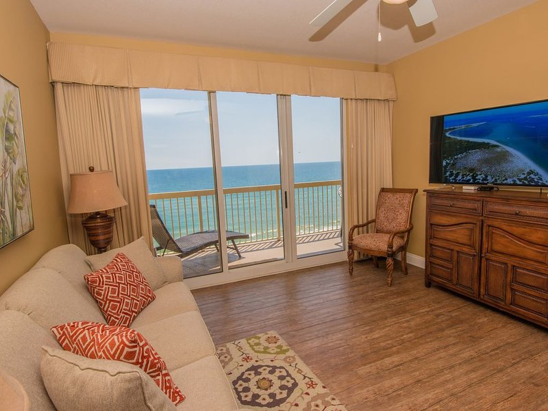 ***L**K!! TOP-RATED Condo BEACHFRONT Calypso — FREE Netflix + 2 King Beds!***, holiday rental in Panama City Beach