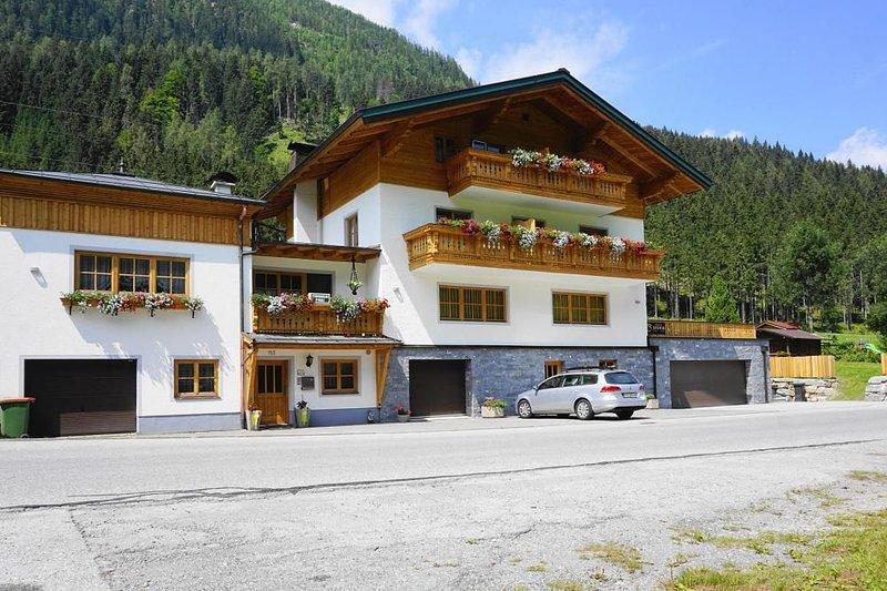 Appartementhaus Sylvia, Flachau, holiday rental in Untertauern