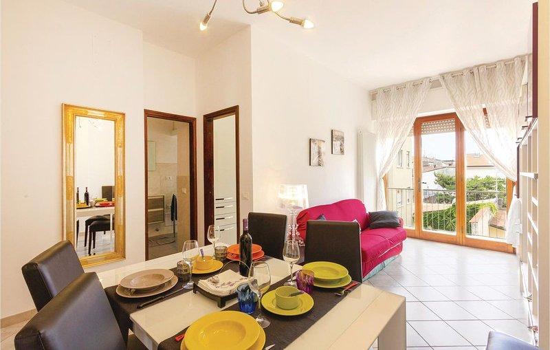 2 Zimmer Unterkunft in Viareggio -LU-, casa vacanza a Viareggio