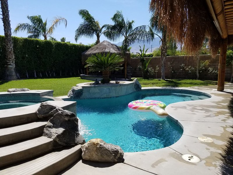 Relaxing Desert Paradise 4 Bedroom Private Home.  Clean and Pristine., alquiler de vacaciones en Cathedral City