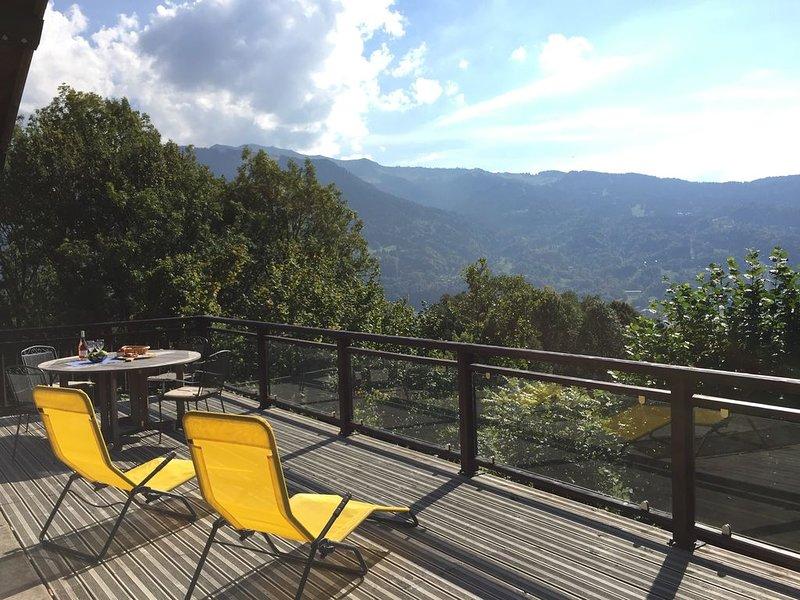 Spectacular views across to the ski slopes of Samoens and Morillon., location de vacances à Samoëns
