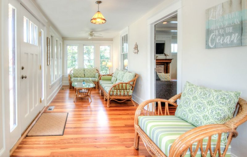 Beautiful newly renovated home - Great location close to beach and town center, alquiler de vacaciones en Cape May