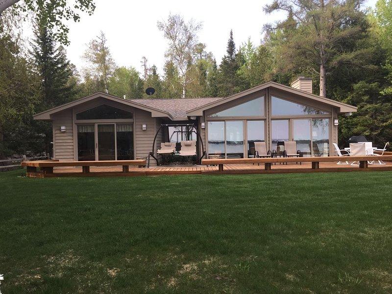 Beautiful Lake Charlevoix, casa vacanza a Charlevoix