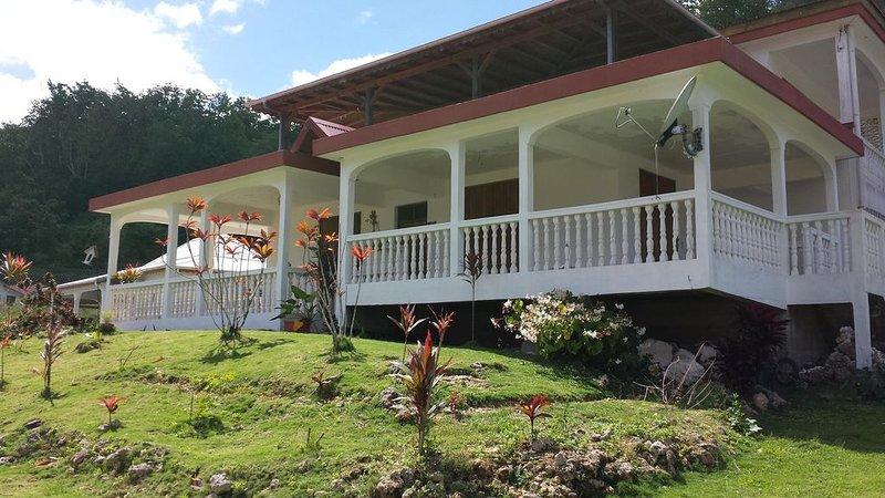 Sous le soleil des tropiques... PRIX SPECIAL FIN D ANNEE, holiday rental in Les Abymes