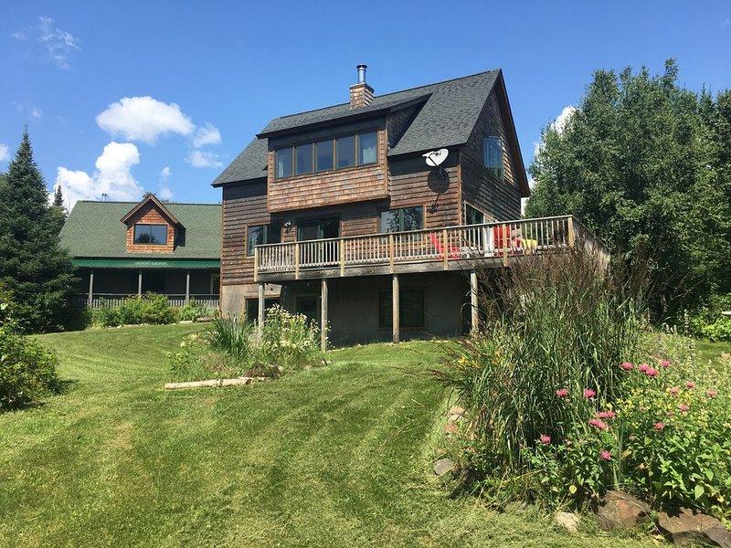 Country Home with Lake Superior Views, close to Grand Marais., casa vacanza a Grand Marais