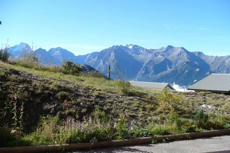 Apartment in residence south orientation, holiday rental in L'Alpe-d'Huez