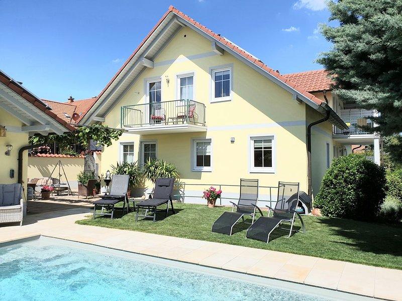 Sehr schöne Ferienwohnung für Hundefreunde ( 1 Hund), holiday rental in Rhodt unter Rietburg