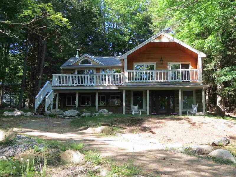 Lake Winnipesaukee Beach Access (CAR25B), vacation rental in Moultonborough