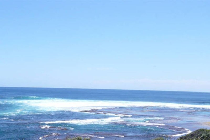 Ocean-Front Greek-themed: WAKE to Ocean views- open space to beach - Walk Trails, holiday rental in Margaret River