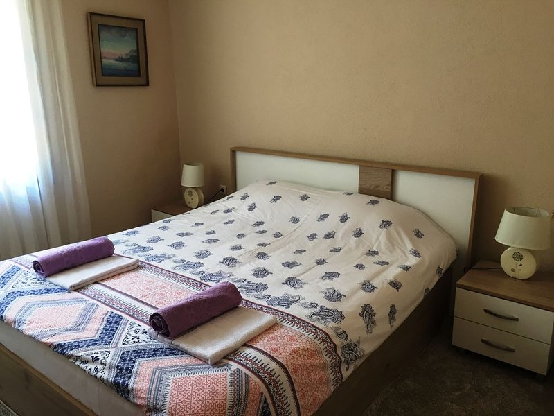 Sofia Apartment - Lovely apartment in the old part of the town close to the lake, vacation rental in Pogradec