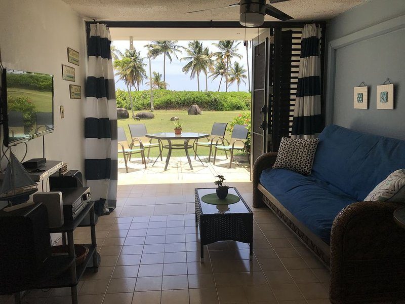 Beach front apartment! Come on and enjoy the beautiful Las Picuas Beach, alquiler vacacional en Río Grande