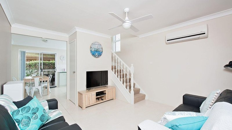 Sanctuary * Fingal Bay, vacation rental in Fingal Bay