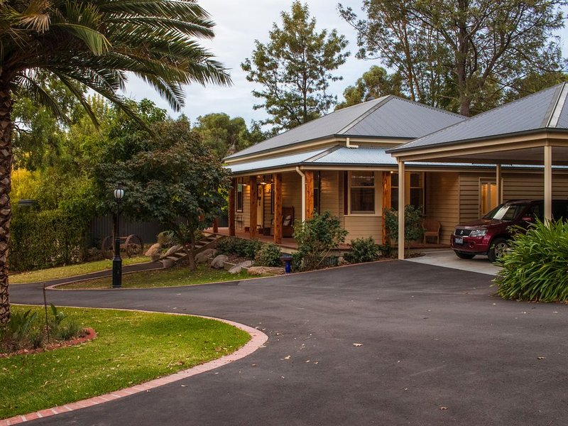Sage Cottage at The Oaks, Lilydale, Yarra Valley, casa vacanza a Olinda